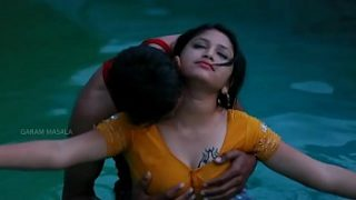 Hot Mamatha romance with boy friend in swimming pool-1