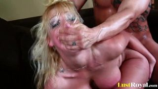 Lovely Nicki Hunter will do everything for juices