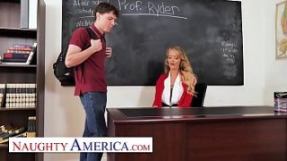 Naughty America – Linzee Ryder has a crush on her student
